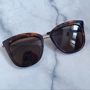 Le Specs Tort Caliente Sunglasses Tortoiseshell